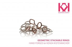 Geo stackable rings in mixed metals